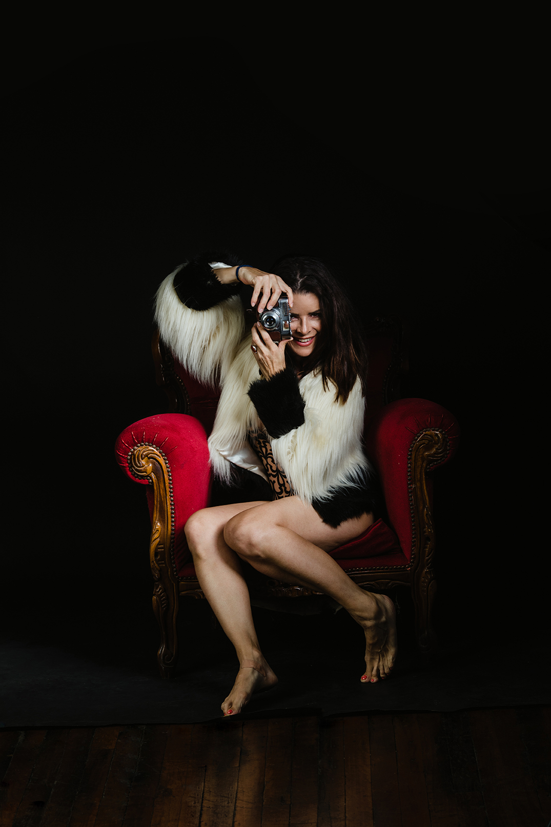 Lioness-photographer-Nikki-Mclennan